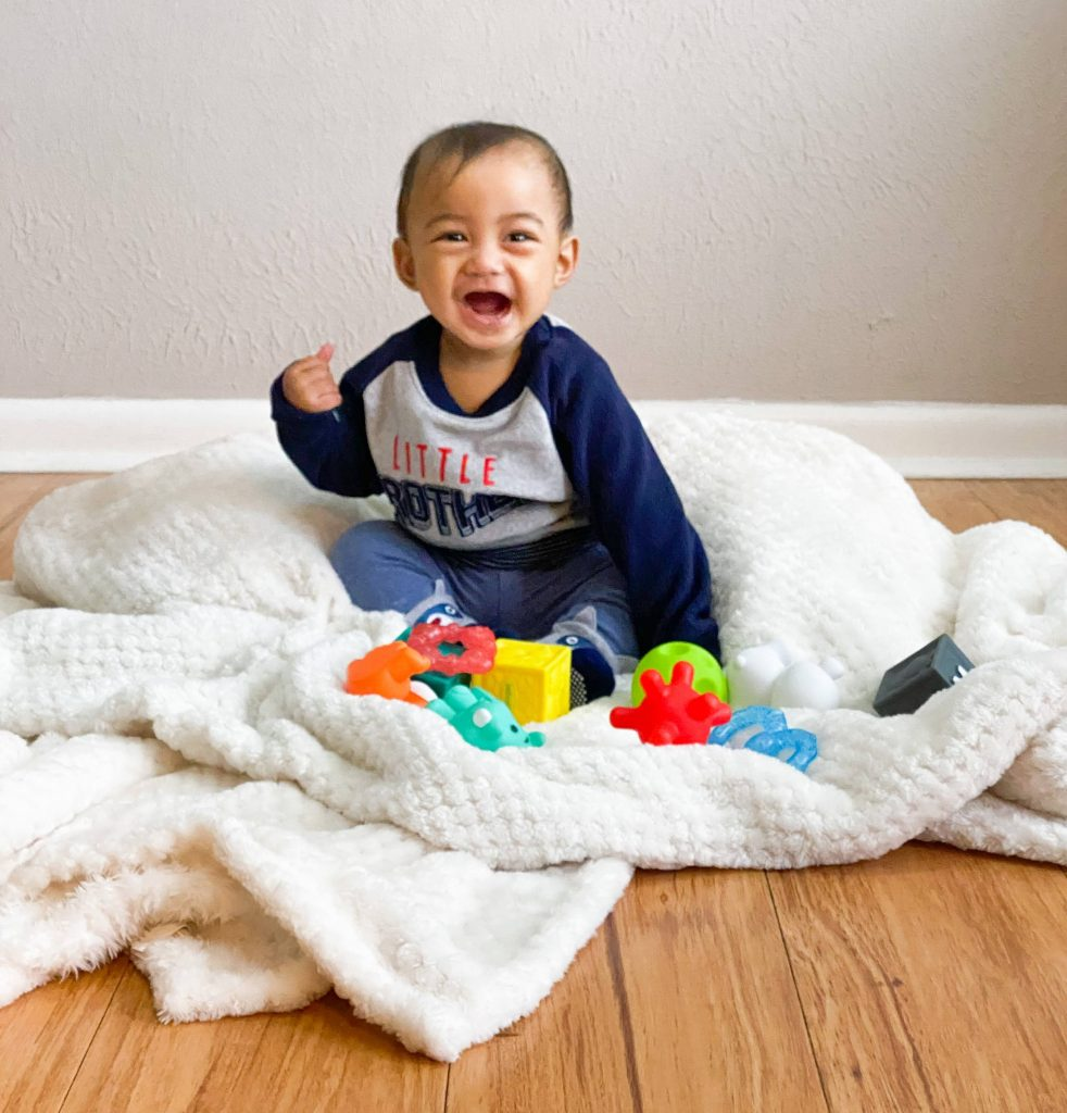 13 Hacks on How to Take Best Photo of a Restless Baby and Toddler